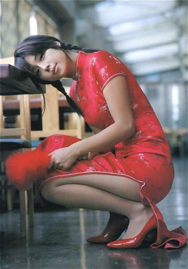サイドの深いスリットが妙にえちえちなチャイナドレスの魅力www0021shikogin