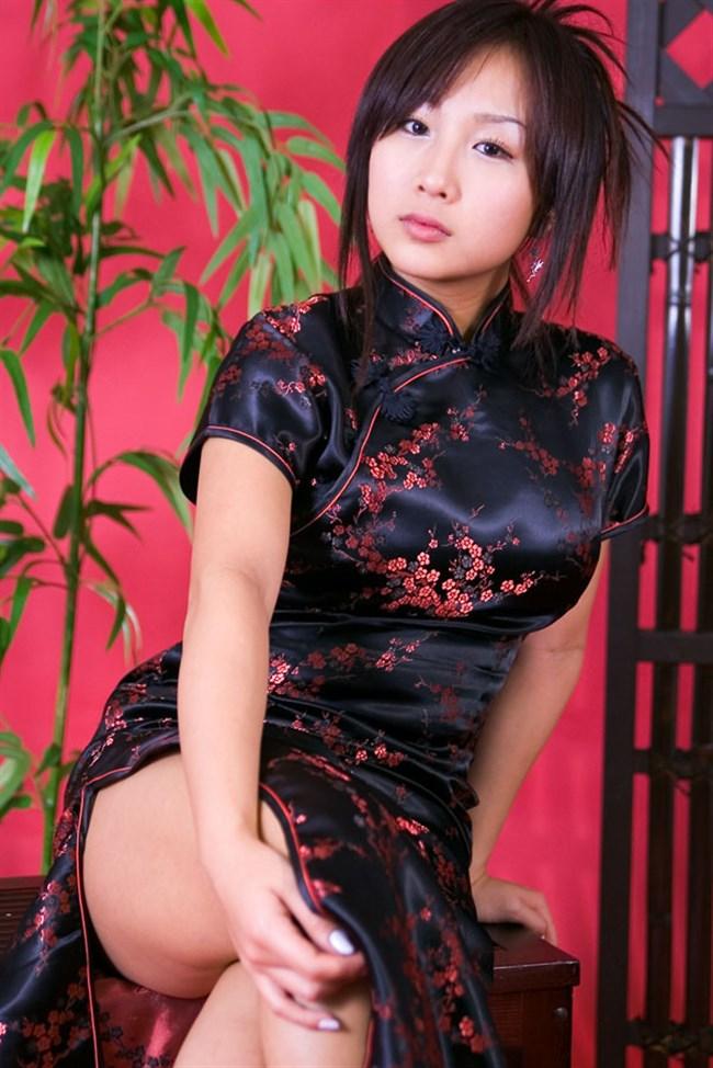 サイドの深いスリットが妙にえちえちなチャイナドレスの魅力www0006shikogin