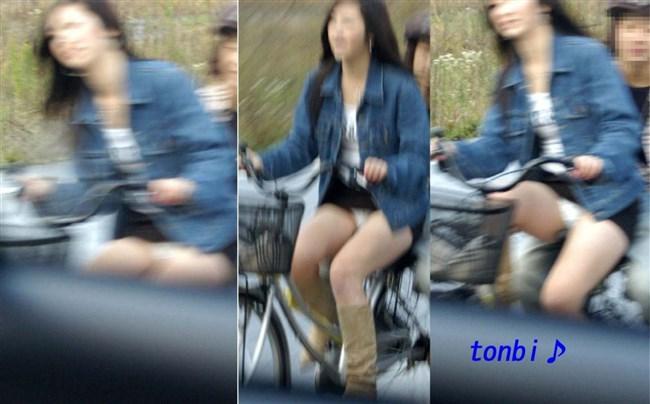 無防備過ぎるミニスカ女子の自転車乗る姿に釘付けwwww0017shikogin