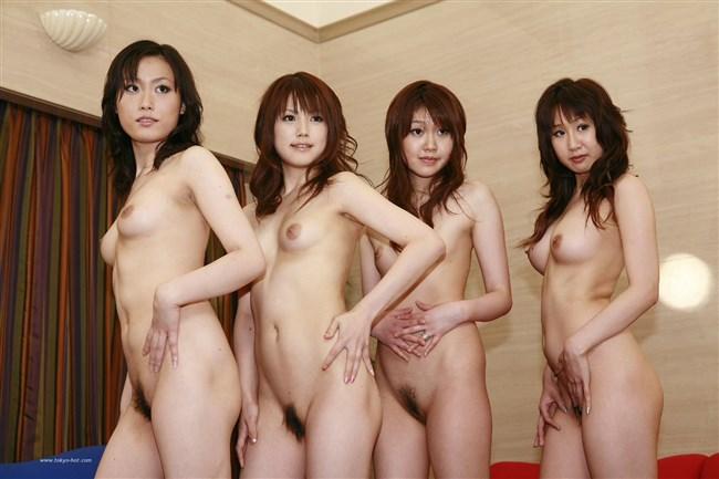 複数の女体が視界にある滅多に見ない圧巻の光景wwww0010shikogin