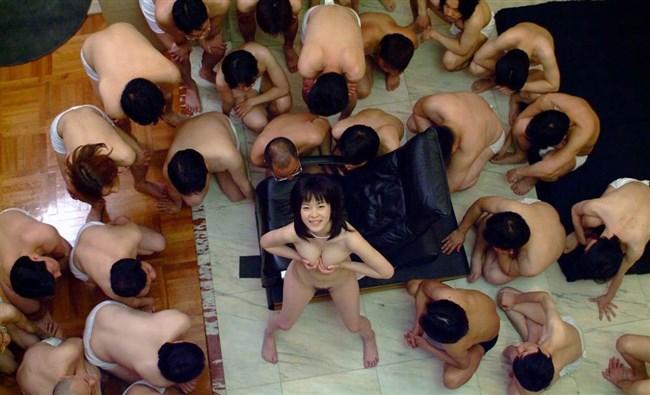 複数の女体が視界にある滅多に見ない圧巻の光景wwww0011shikogin