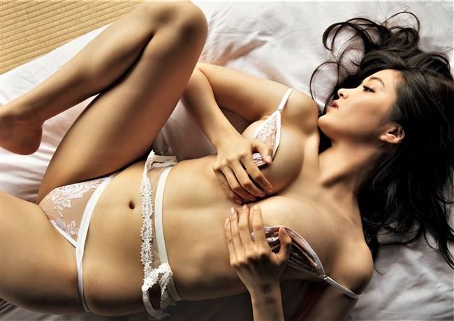 葉加瀬マイ~FLASHグラビアはヌードでセックスの体位を再現!AV転身間近か?0003shikogin