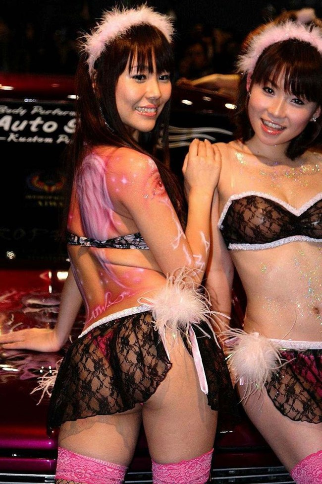 ショーの会場でレースクイーンやキャンギャルのえちえちな瞬間を盗撮wwww0021shikogin