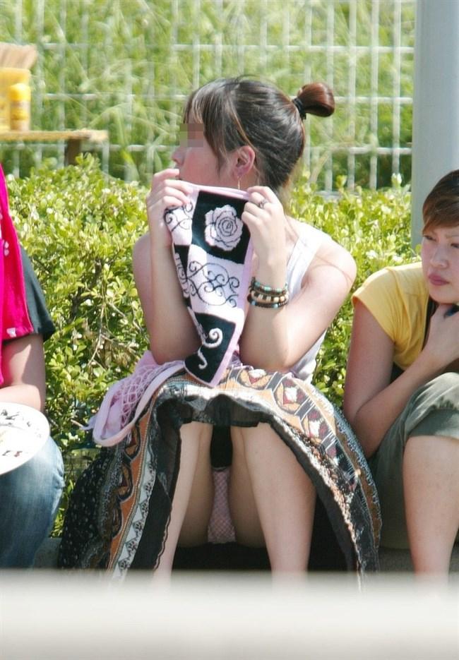 夏が恋しくなるミニスカ女子のパンチラを拝めた瞬間wwwww0008shikogin