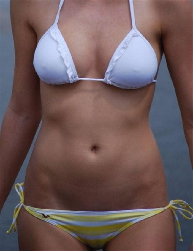 ビーチではしゃぐ素人女子の水着から具が見えそうでえちえち過ぎるwwww0016shikogin