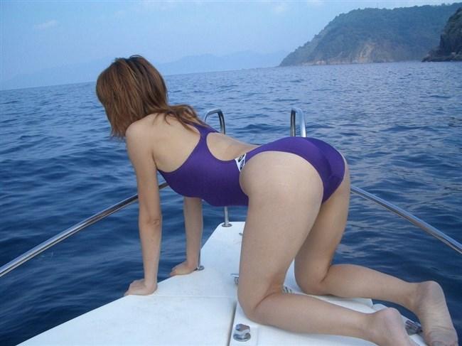 ビーチではしゃぐ素人女子の水着から具が見えそうでえちえち過ぎるwwww0002shikogin