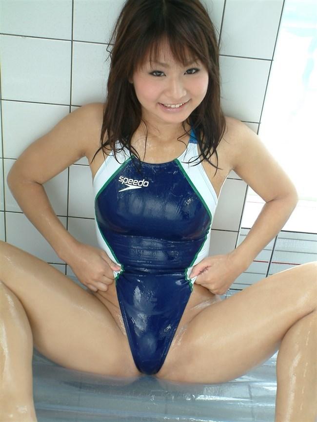 競泳水着がお股やお尻に食い込んでて非常にえっちなんですがwwww0019shikogin