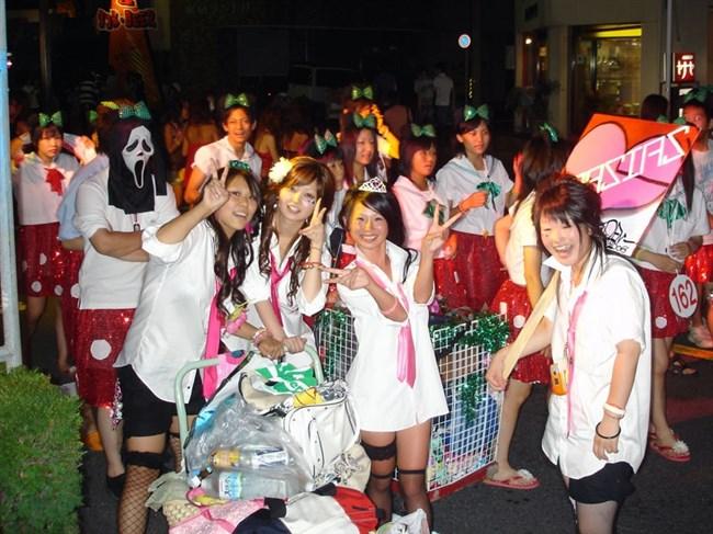 祭りやイベントで下着姿やおっぱいを晒す素人女性wwwwww0007shikogin