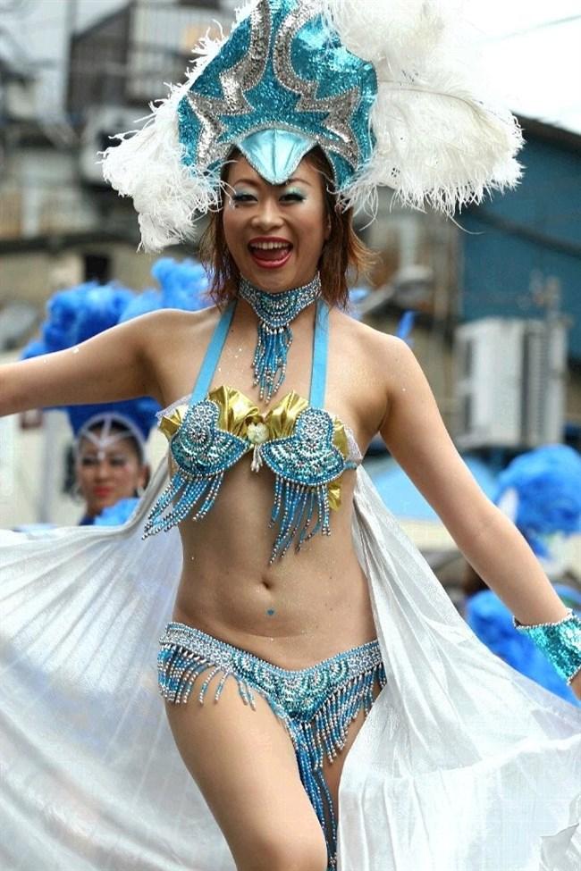 祭りやイベントで下着姿やおっぱいを晒す素人女性wwwwww0019shikogin