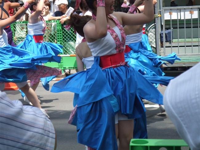 祭りやイベントで下着姿やおっぱいを晒す素人女性wwwwww0006shikogin