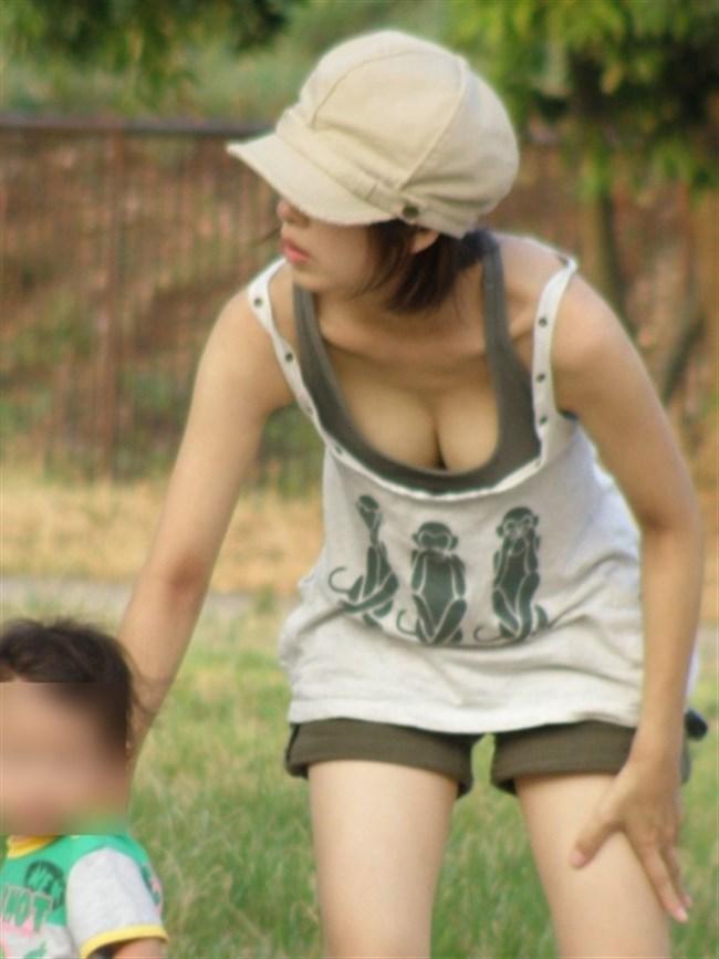 育児ママのポロリやチラリハプニングがえちえち過ぎて草0002shikogin