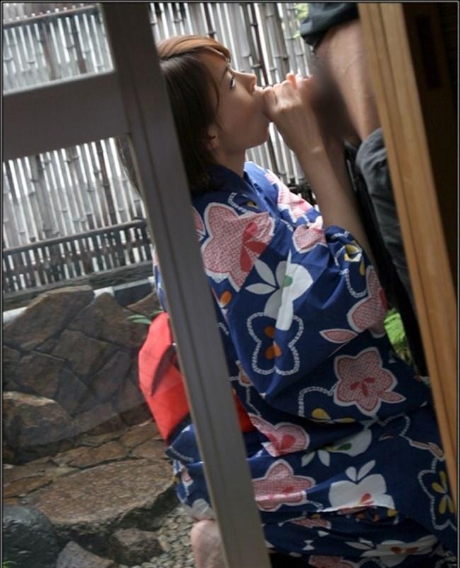 昼間からお外でフェラチオしてしまう性欲旺盛な女の子wwwwww0010shikogin