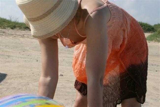 貧乳女子は胸チラ=乳首ポロリになる可能性大wwwww0012shikogin