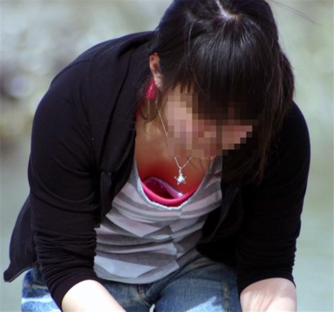 貧乳女子は胸チラ=乳首ポロリになる可能性大wwwww0005shikogin