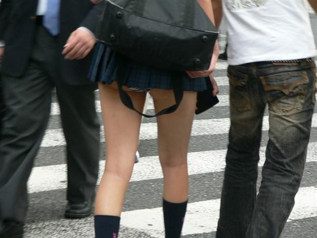 無差別に男性の股間を熱くさせる露出度の高い洋服を着る女wwww0013shikogin
