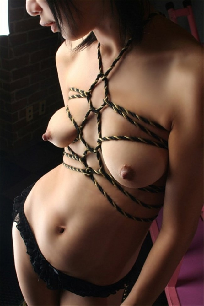 がっつり亀甲縛りや緊縛調教されて喜んでるドM女子wwwwwww0011shikogin