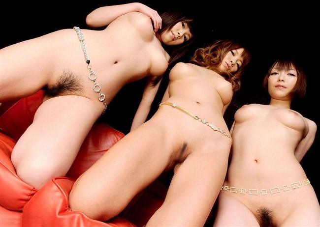 複数の全裸女性をローアングルからおま〇こ中心に撮影した画像がえちえちwww0019shikogin