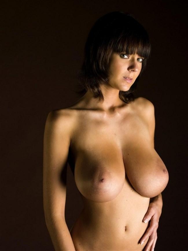 外国人女性のおっぱいやお尻のデカさは異常wwwww0027shikogin