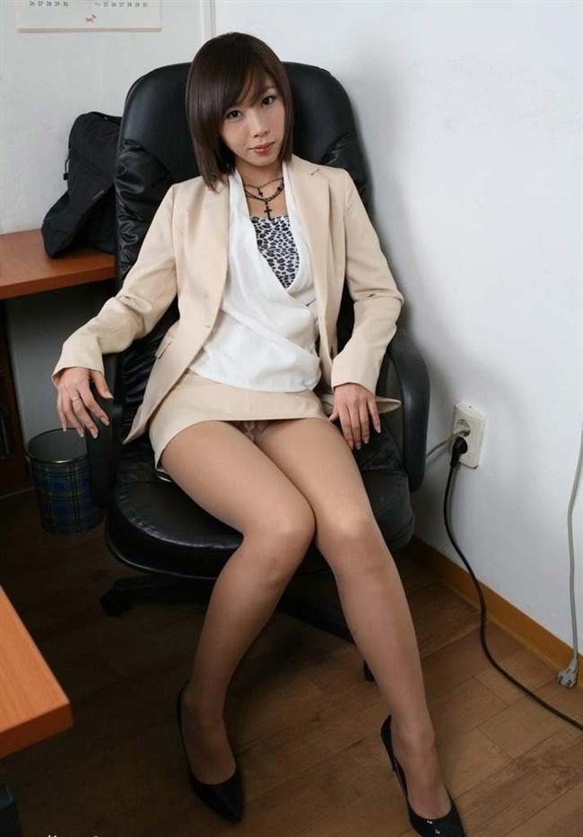 業務中にえちえちな事を始めてしまうOL制服のお姉さんがガチでエロい…。0005shikogin