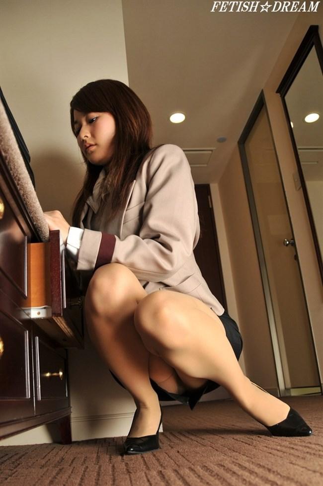 業務中にえちえちな事を始めてしまうOL制服のお姉さんがガチでエロい…。0025shikogin