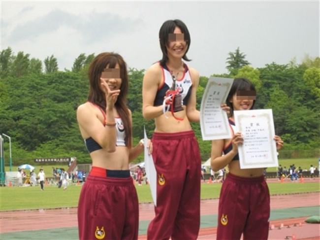本気でスポーツする女子をいかがわしい目で見る男の視線がこちらwwww0022shikogin