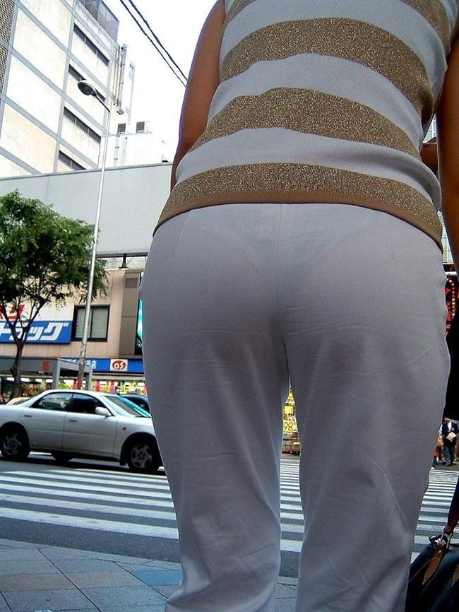 お尻がムチムチ過ぎてパンツが透けちゃってる光景wwwwww0009shikogin