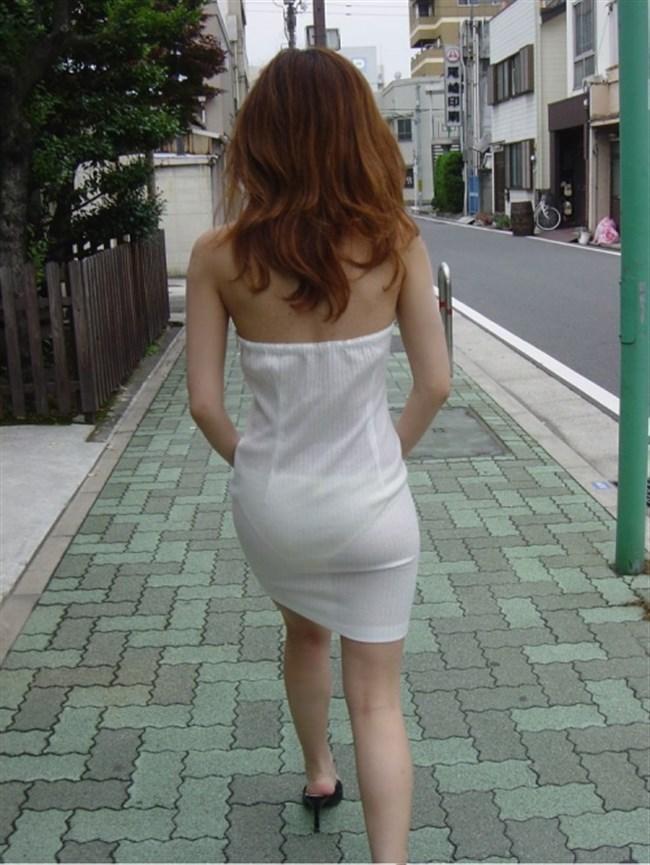お尻がムチムチ過ぎてパンツが透けちゃってる光景wwwwww0012shikogin