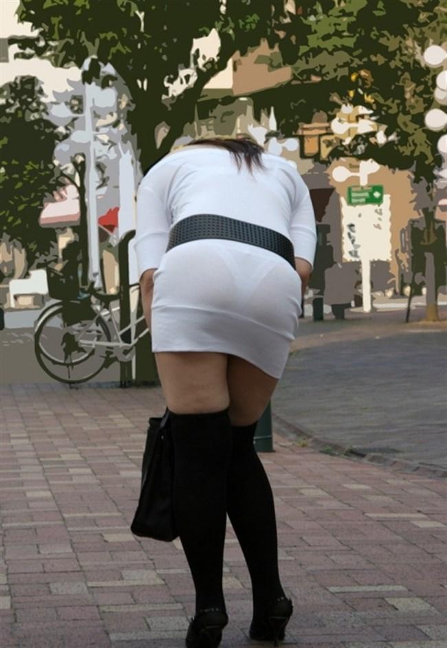 お尻がムチムチ過ぎてパンツが透けちゃってる光景wwwwww0016shikogin