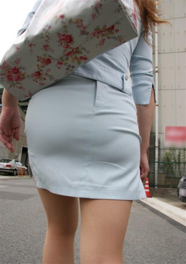 お尻がムチムチ過ぎてパンツが透けちゃってる光景wwwwww0019shikogin