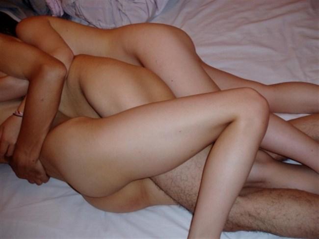 男女複数でお互いの性器に群がる構図がガチでえちえちwwwwww0007shikogin