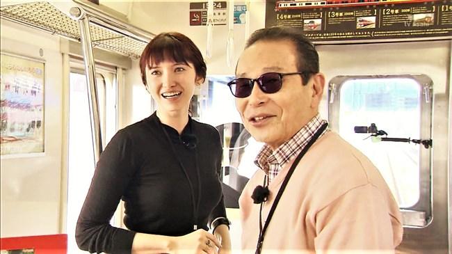市川紗椰~タモリ倶楽部の鉄道企画でパンパンに張ったオッパイをアピールし超興奮!0004shikogin