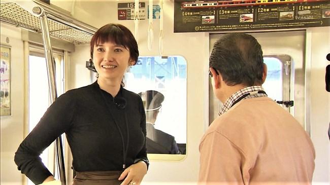 市川紗椰~タモリ倶楽部の鉄道企画でパンパンに張ったオッパイをアピールし超興奮!0002shikogin