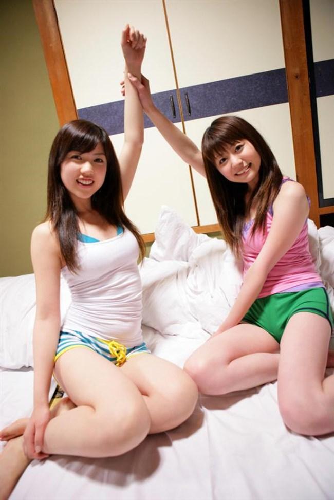 タンクトップで巨乳が更に強調されてる女子がえちえち過ぎwwwww0011shikogin