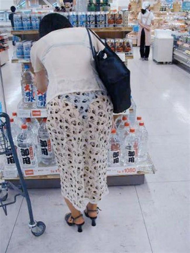 スカート生地が薄くて下着が丸見えなお姉さんwwwwww0005shikogin