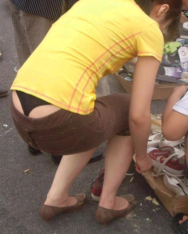 スカート生地が薄くて下着が丸見えなお姉さんwwwwww0016shikogin