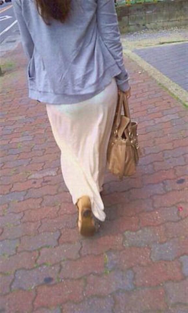 スカート生地が薄くて下着が丸見えなお姉さんwwwwww0024shikogin