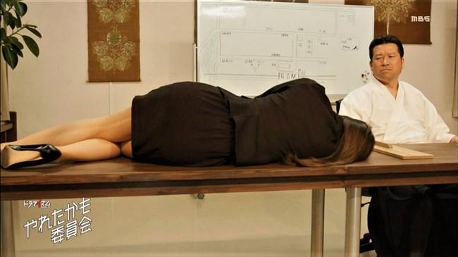 白石麻衣[乃木坂46]~やれたかも委員会の第1話で机に横たわった姿がエロくて超ドキドキした!0006shikogin