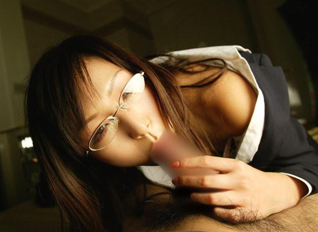 メガネをかけてるだけでえちえち娘に見えてしまう不思議wwwww0012shikogin