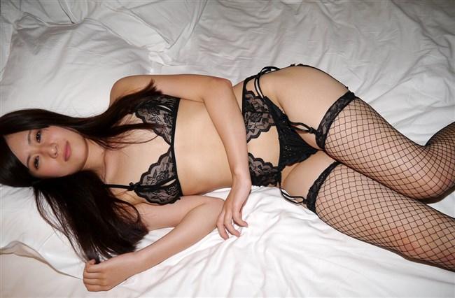 股間を最も強刺激する女性下着はガーターベルト一択wwwwww0017shikogin