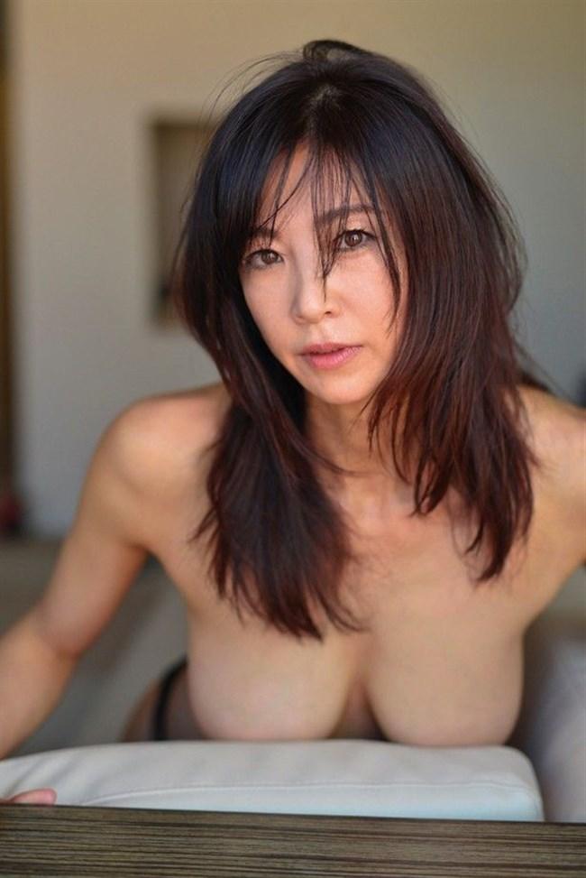 中島史恵~50歳にして水着グラビアでの完璧ボディーは凄い!まるでサイボーグのよう!0002shikogin
