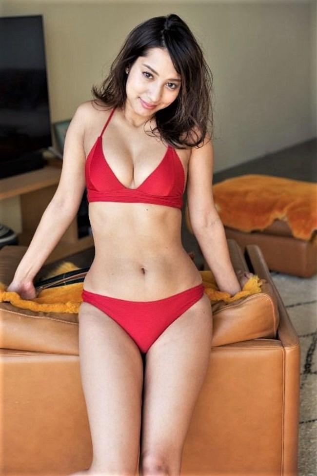 牧野紗弓~ハーフ美女の水着グラビアが抱き心地良さそうでエロ過ぎて興奮した!0002shikogin