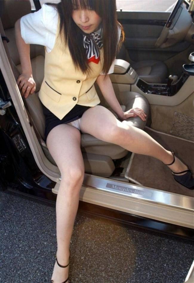 ドライブ中に発情してしまい、そのまま車の中で始めてしまうカップルwwwww0011shikogin