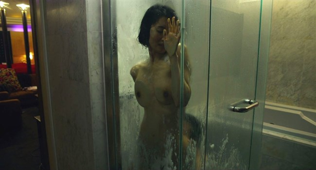 河井青葉~ナマ乳を揉まれ喘いでいる映画の濡れ場が本気モードでAVのようだ!0004shikogin
