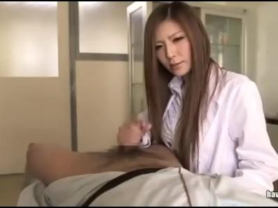 美人な巨乳の潜入捜査官、椎名ゆなの拘束イラマチオ騎乗位無料H動画。【拷問動画】