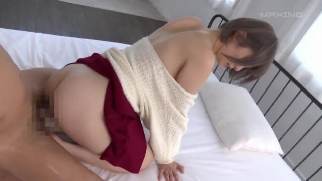 スレンダーショートカットなパイパンで貧乳でロリの美少女アイドルの、ハメ撮り初撮りセックス無料動画!【乳首責め動画】