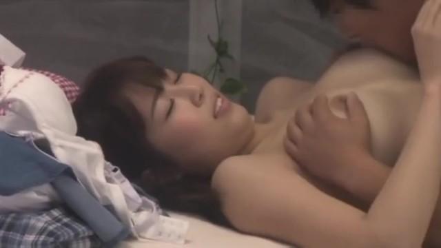 【おっぱい】マジックミラー号にて、巨乳の女子大生素人の、フェラ無料H動画!【女子大生、素人動画】