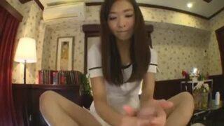 スレンダーな巨乳の痴女、水沢ののの手コキエステ足コキ無料動画。【マッサージ動画】