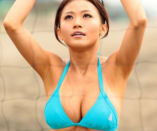 スレンダーな水着姿の奥様人妻の、クンニフェラ不倫無料エロ動画。【奥様、人妻動画】