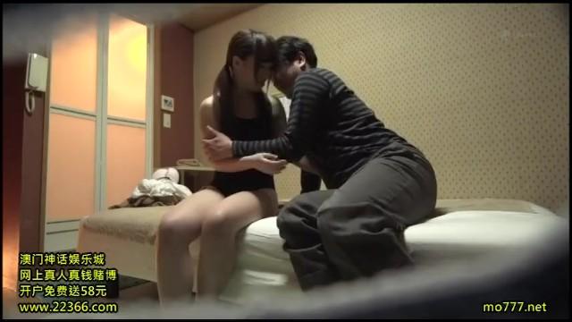 矢沢ようこ援助交際することになった制服女子高生!緊縛拘束されたまま体を弄ばれてしまう