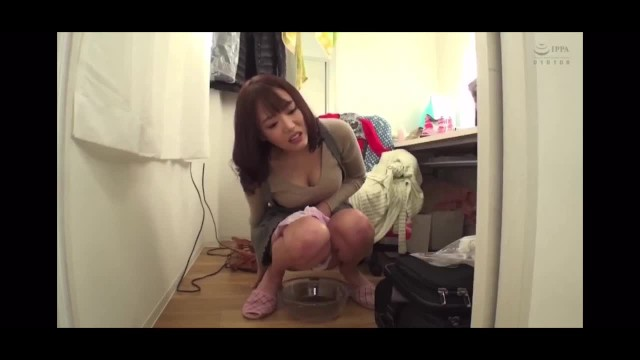 【変態】巨尻の痴女、浜崎真緒の放尿M男無料エロ動画。【浜崎真緒動画】
